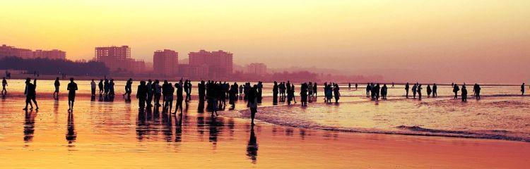 personnes sur une plage